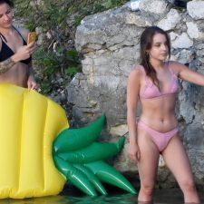 Friend snaps photos of her butt in bikini